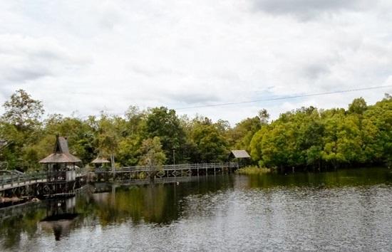 Danau Tahai