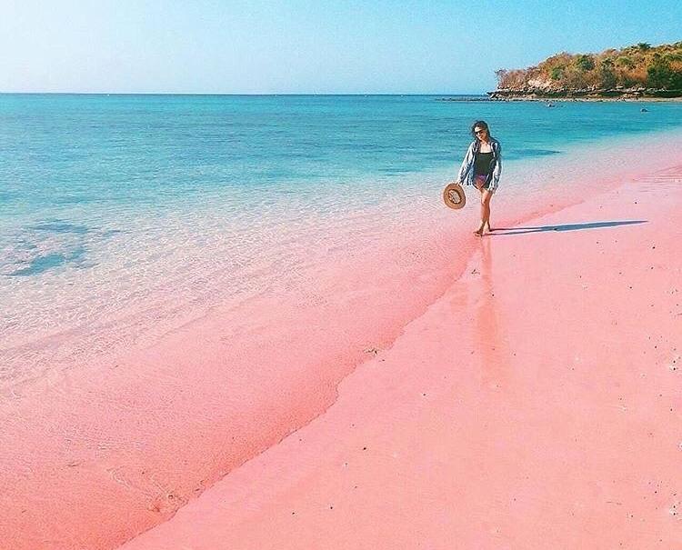 5 Destinasi Wisata Pantai Tercantik Di Indonesia