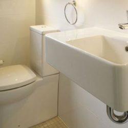 Begini Cara Bersihkan Toilet Yang Benar Dan Bersih Sempurna!